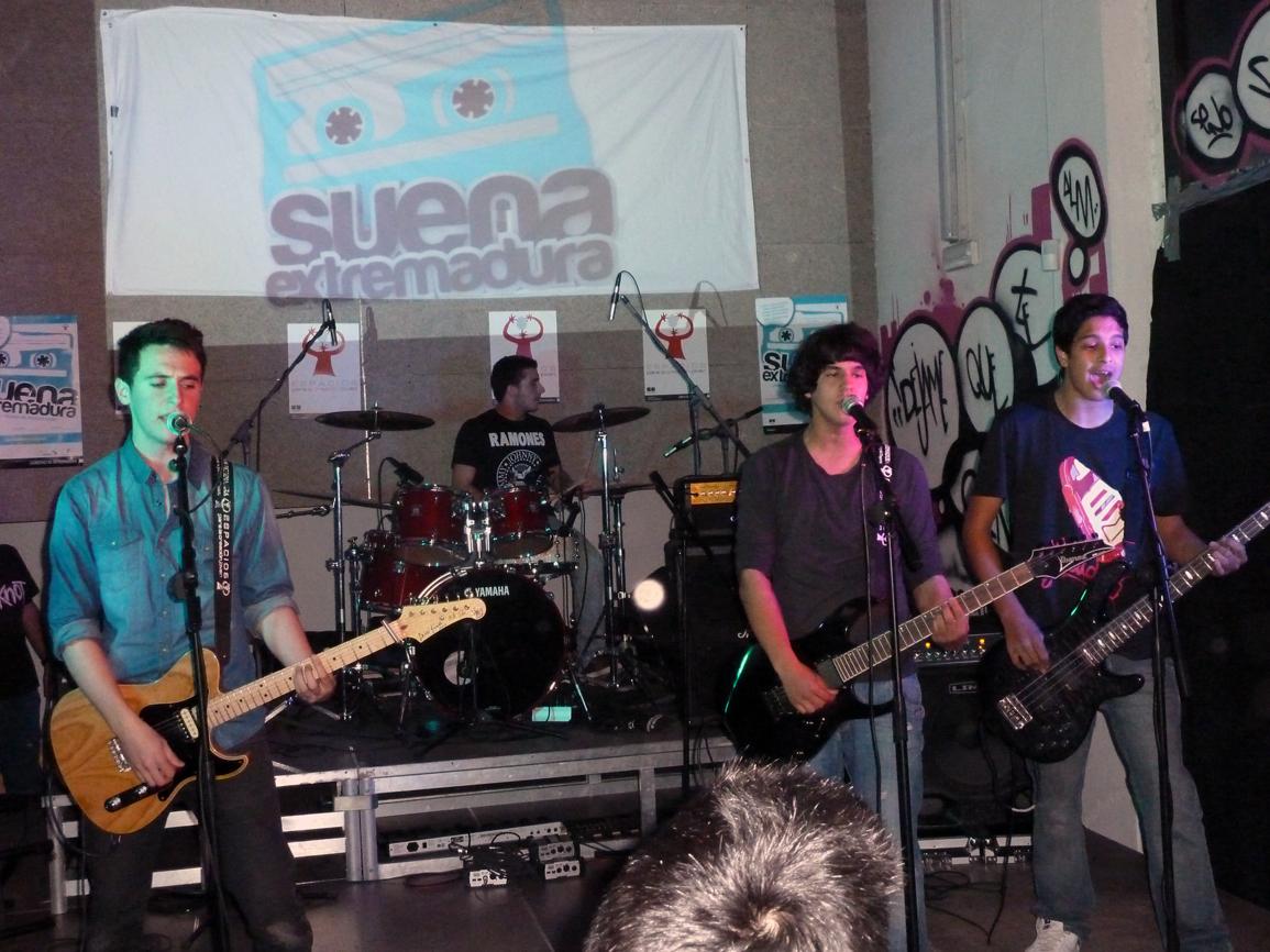 Celda 47, nuevo grupo musical formado por jóvenes de Castuera.