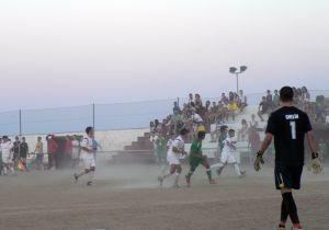 El triangular celebrado en Monterrubio termina con el trofeo camino de Zalamea.