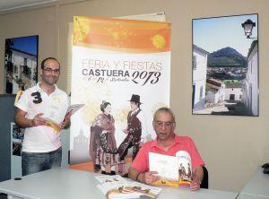 El alcalde, Paolo Atalaya y el concejal de Festejos, Juan José Perea, presentaron la Feria 2013